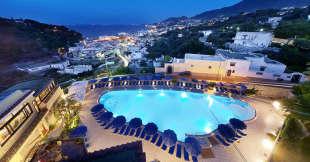 Uno degli alberghi storici dell'isola d'Ischia.